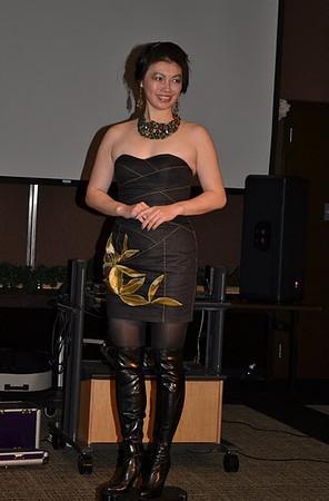 形象時裝點評 Image Makeover  12/2011
