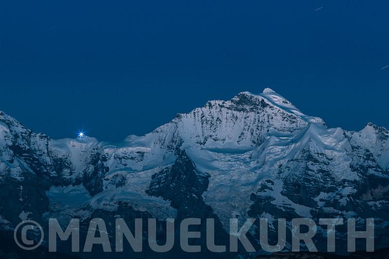 Blick aufs Jungfraujoch und die Jungfrau