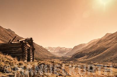 Verfallene Berghütte im Dischmatal