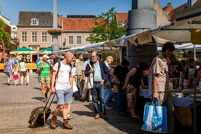 Dordrecht book market