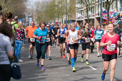 Group marathon runners