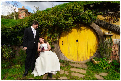 Kate & Simon Married at Hobbiton Movie Set 29/08/12