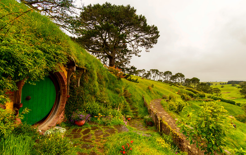 Waiting for Gandalf<br /> Hobbiton Movie Set