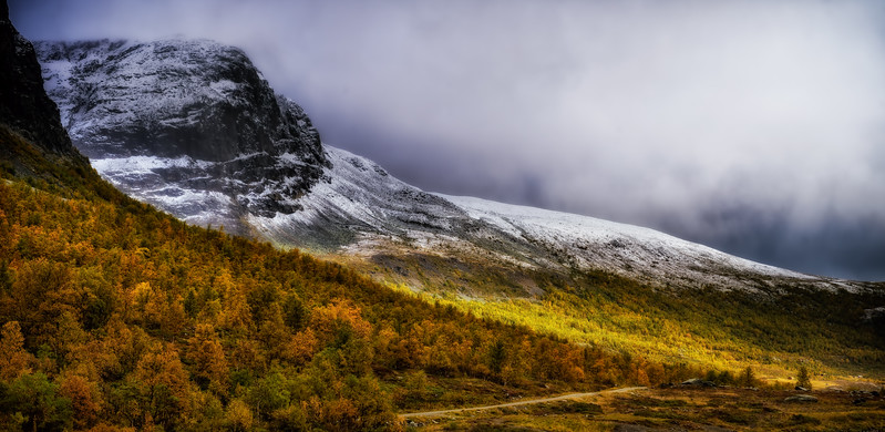 The snow that falls in Autumn