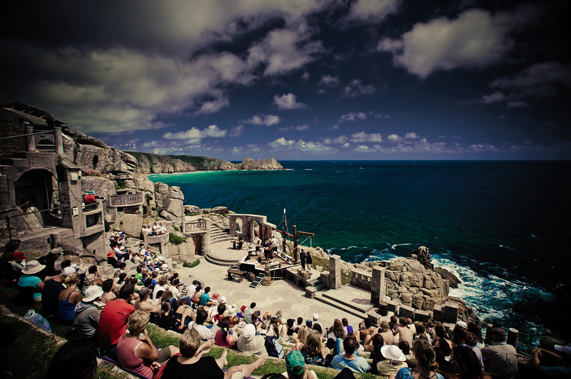The most amazing theatre experience.<br /> The Minack Theatre in Cornwall was the inspiration and life's work of one remarkable woman,<br /> Rowena Cade.