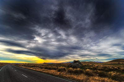 A Road Through The Magic Land Maniatoto Middlemarch New Zealand