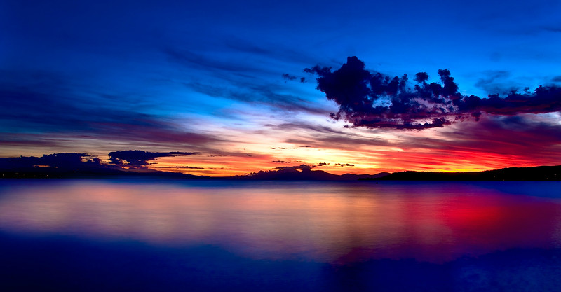 Smooth Colours at Sunset<br /> Lake Taupo