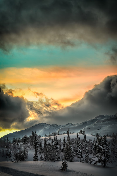 Colours of a Sunrise near Gaustatoppen (I)