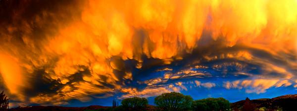 Sunset with Mammatus Luggate