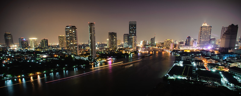 One night in Bangkok<br /> A room with a view.