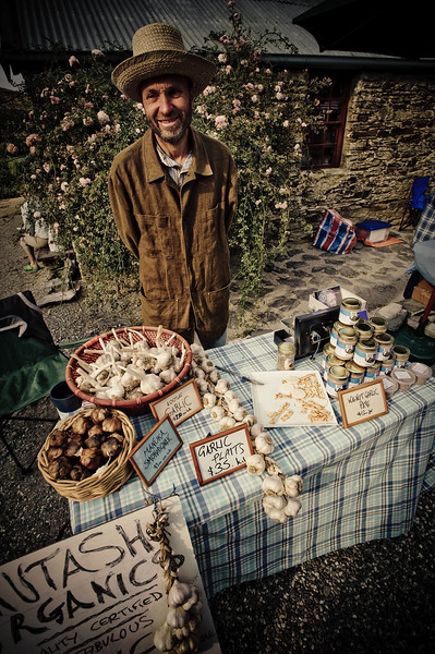 The Garlic Seller<br /> Cromwell Markets