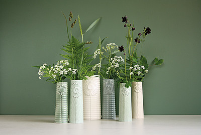 Finnsdottir_Pipanella_6vases_background_cmyk