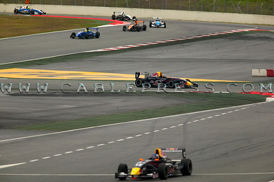Capturefile: N:\foto\rwn\320 circuitcat\cablepress320_0088.TIF CaptureSN: 110175.026002