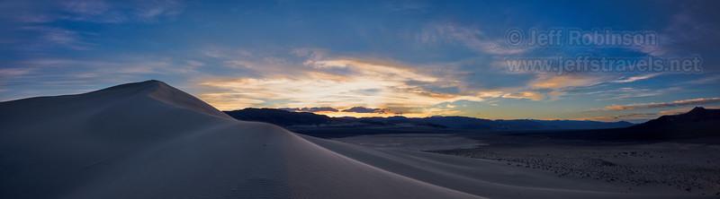 (3/10/2016, Eureka Dunes, Death Valley trip)<br /> EF16-35mm f/4L IS USM @ 24mm f/11 1/50s ISO125