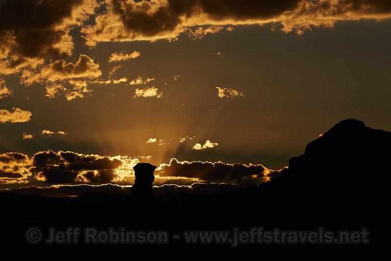 (9/17/2013, Kodachrome Basin SP, 2013 Utah)<br /> EF100-400mm f/4.5-5.6L IS USM @ 180mm f/8 1/1600s ISO100