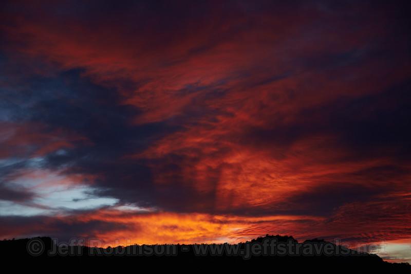 (10/16/2014, Canyon Rim Trail, Colorado NM)<br /> EF24-105mm f/4L IS USM @ 84mm f/5.6 1/160s ISO400