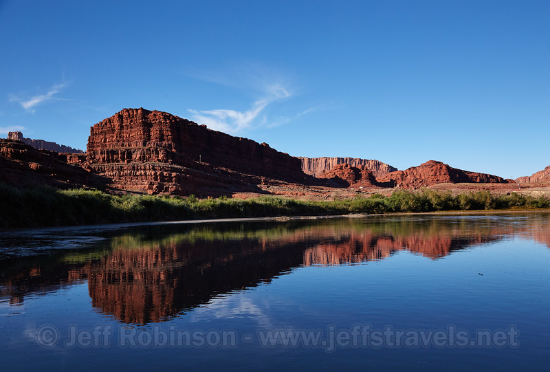 (10/14/2014, Colorado River tour: Potash to Mussleman Canyon, Canyonlands NP)<br /> EF24-105mm f/4L IS USM @ 32mm f/8 1/1250s ISO400