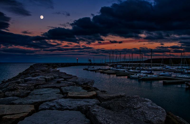 Marina Moon