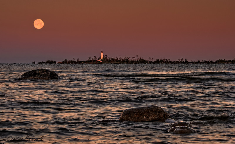 Chantry Island Moonset