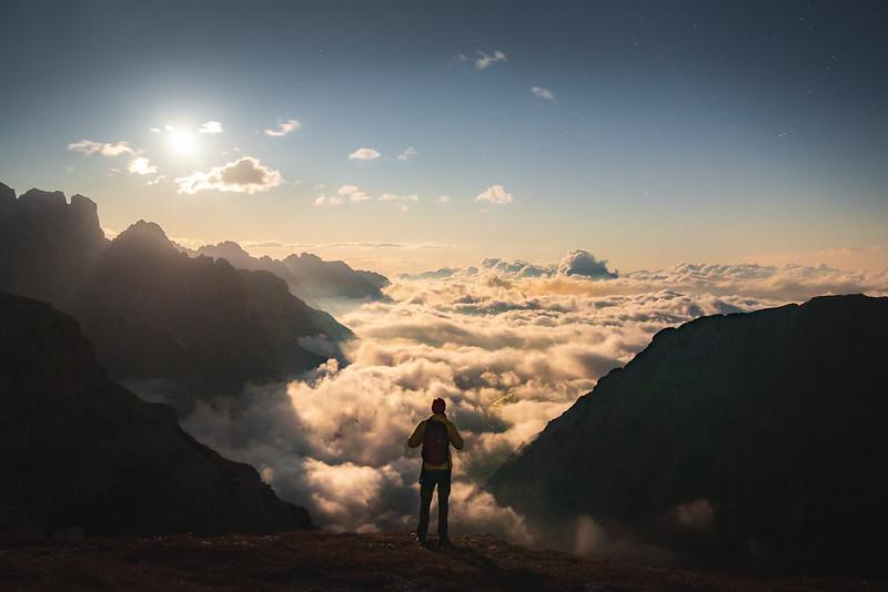 Mar de nubes sobre Misurina