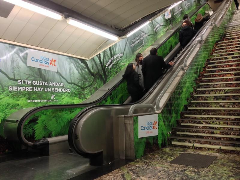 Promo turistica de Canarias en el Metro de Madrid, Gran Via