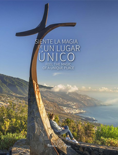 """Portada y fotos del libro de Breña Baja"""" siente la magia de un lugar"""""""