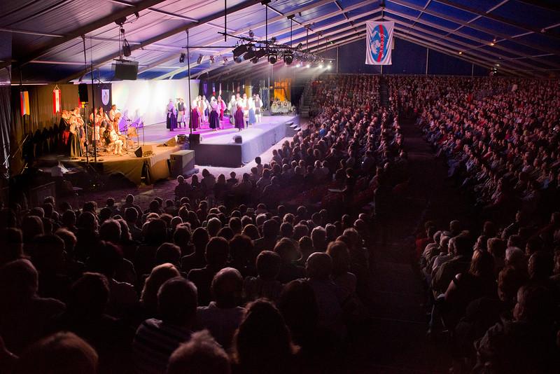 Agrupación Folklorica Echentive. Francia 2014