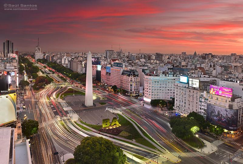 Avd. 9 de Julio al atardecer, Ciudad de Buenos Aires