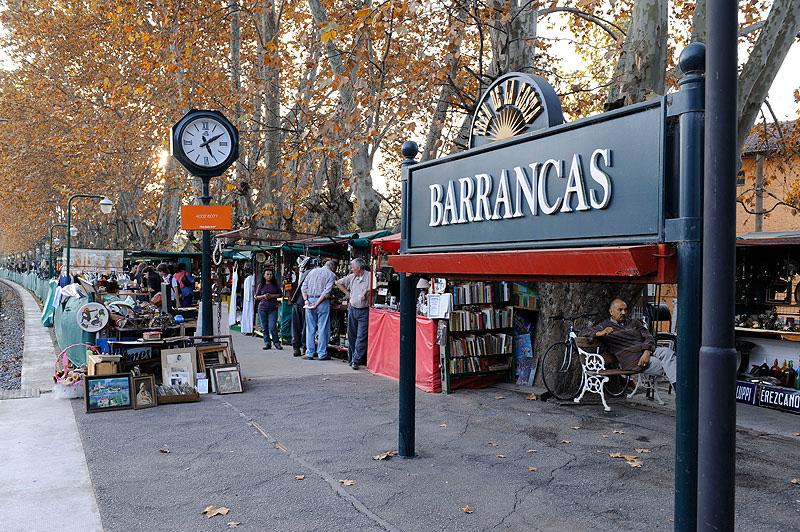 Tren de la Costa, Barracas, Buenos Aires. Argentina