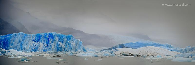 Glaciar Upsala, Lago Argentino,Parque Nacional de Los Glaciares, Patagonia Argentina.