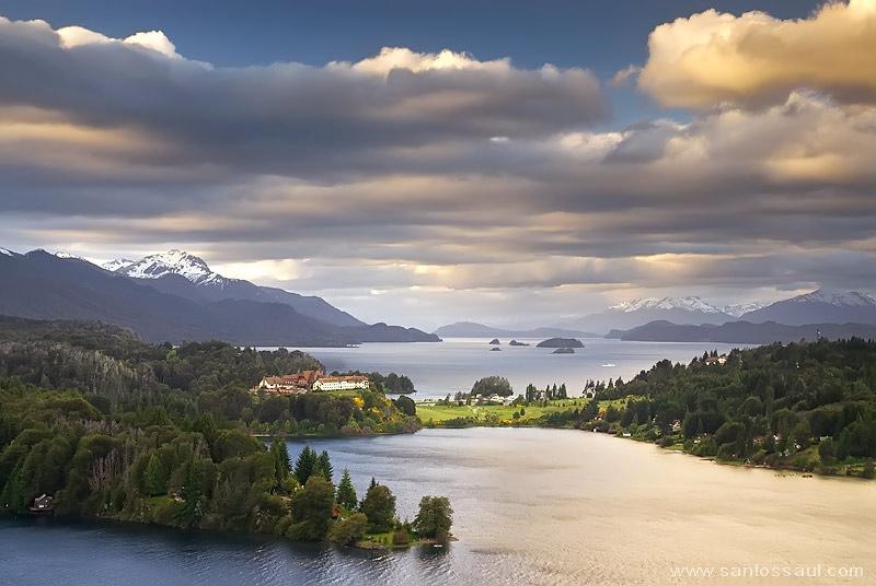 Hotel Llao Llao, Lago Moreno y Nahuel Huapi, Bariloche, Rio Negro, Region de Los Lagos. Patagonia Argentina