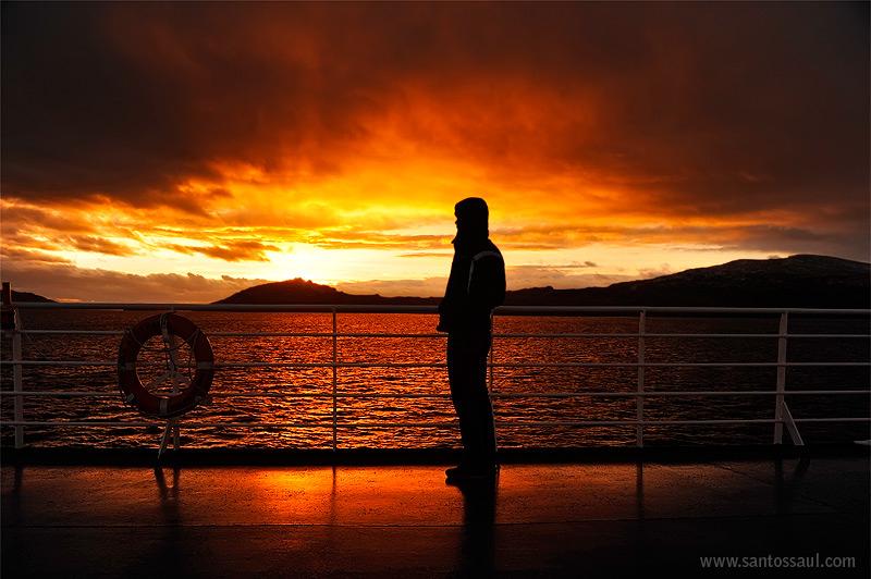 Amaneciendo en El Cabo de Hornos, Tierra del Fuego, Patagonia Chilena.
