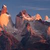 Amanecer en Los Cuernos, Parque Nacional Torres del Paine, Patagonia Chilena