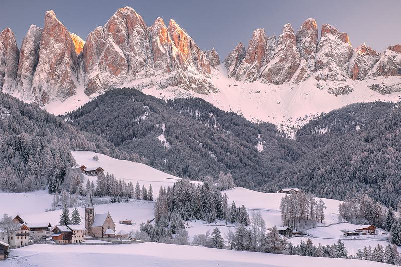 DOLOMITES, ITALIA