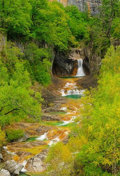 Pirineos, Parque Nacional de Ordesa, Escuaín, Rio Yoga