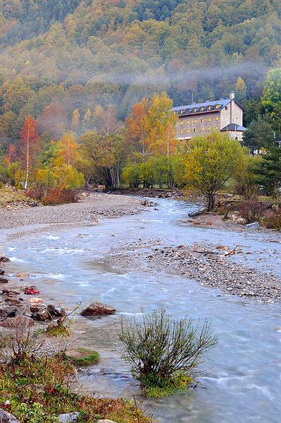 Pirineos, Parque Nacional de Ordesa, Parador del Valle de Pineta