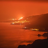 Colada de lava descendiendo entre Puerto Naos y Tazacorte, vista desde la costa de Fuencaliente.