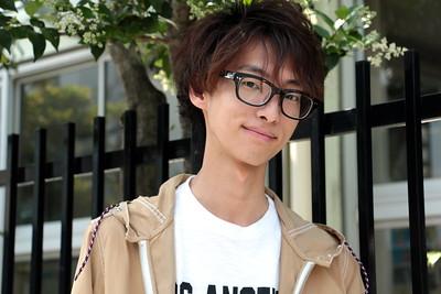 "Ryota works for the fashion brand ""crocodile tokyo"" I asked him:  ""What's your favorite movie?"" ""Back To The Future""  ファッションブランド「crocodile tokyo」で 働く亮汰。 彼に尋ねてみた。  「好きな映画は?」 「バック・トゥ・ザ・フューチャー」"