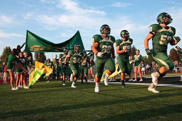 Zeeland West Dux Football Team Takes the Field