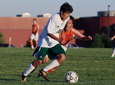 2014 Zeeland West vs Byron Center Soccer