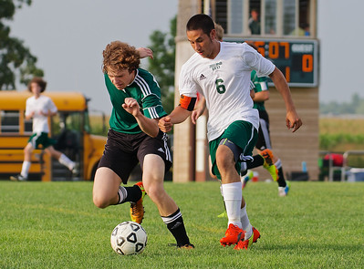 Final Score:  Zeeland West Dux 2 - Coopersville Bronco 1