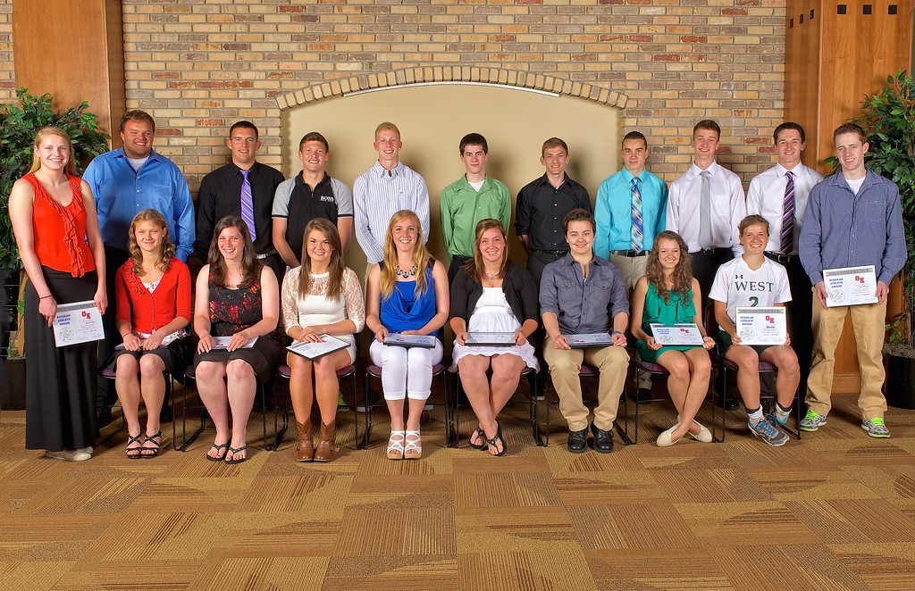 Zeeland West O-K Conference 2014 Scholar Athlete Award Winners