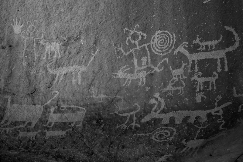 Petroglyphs above Una Vida in Chaco Canyon