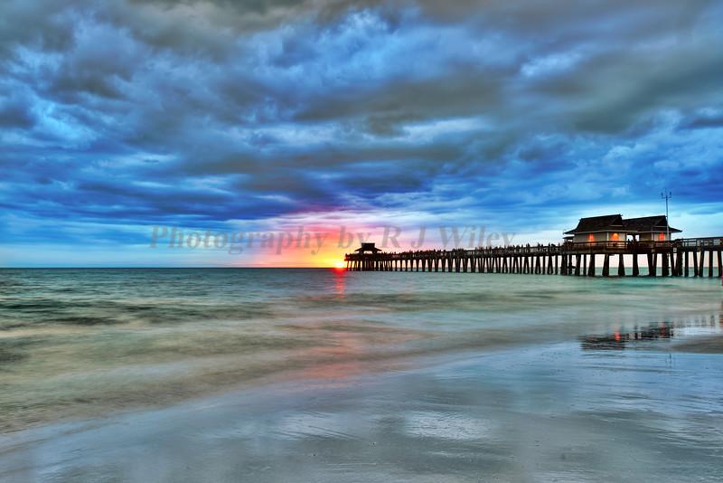 Sunset Naples Pier 9693