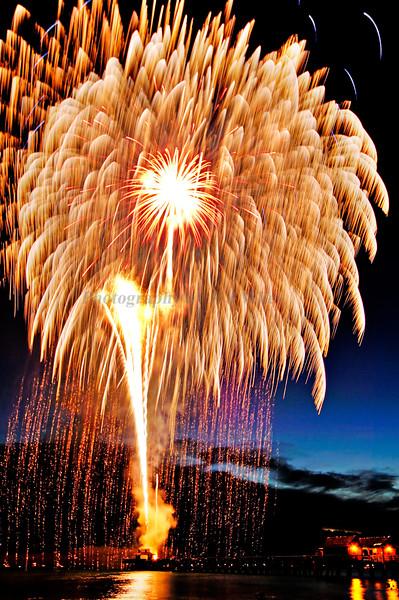 Fireworks 7951