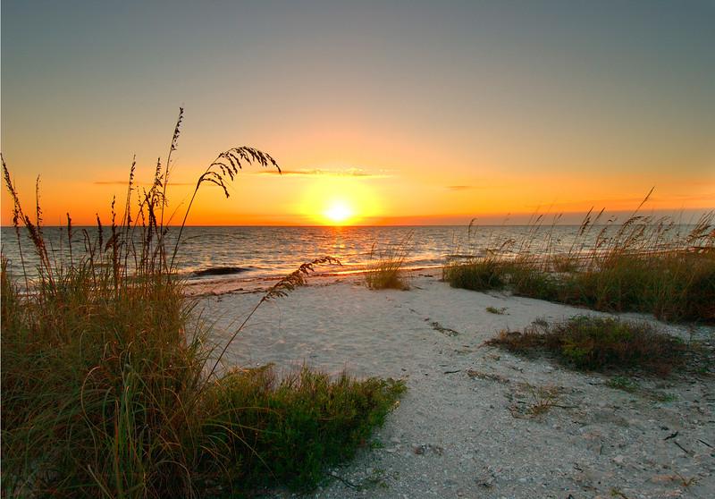 Sunset Lovers Key  2231