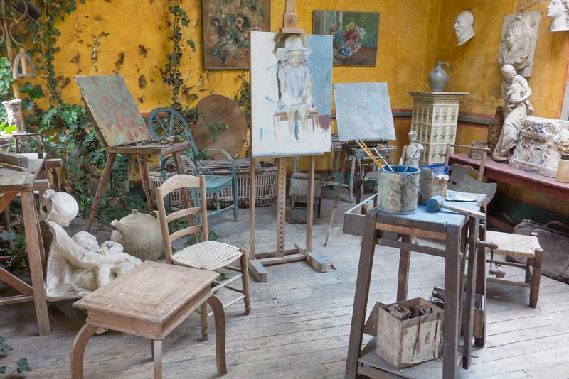 Giverny: Artist Studio Behind Hotel Baudy