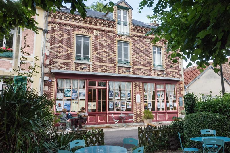 Giverny: Historic Hotel Baudy