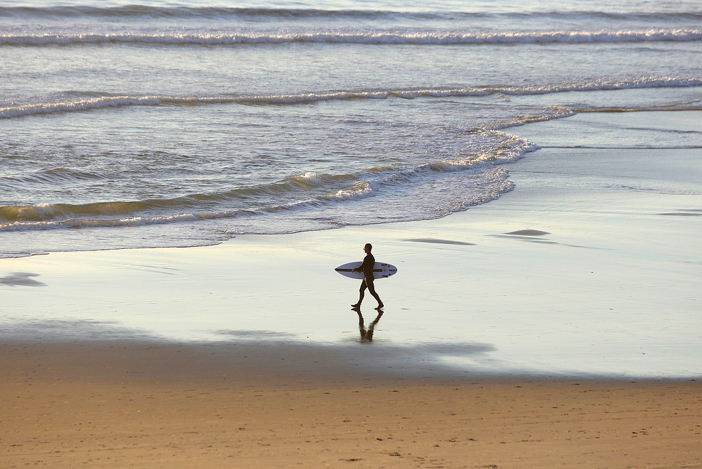 . Low tide surf walk at Manresa State Beach on Monday, Dec. 18, 2017.  (Vern Fisher - Monterey Herald)