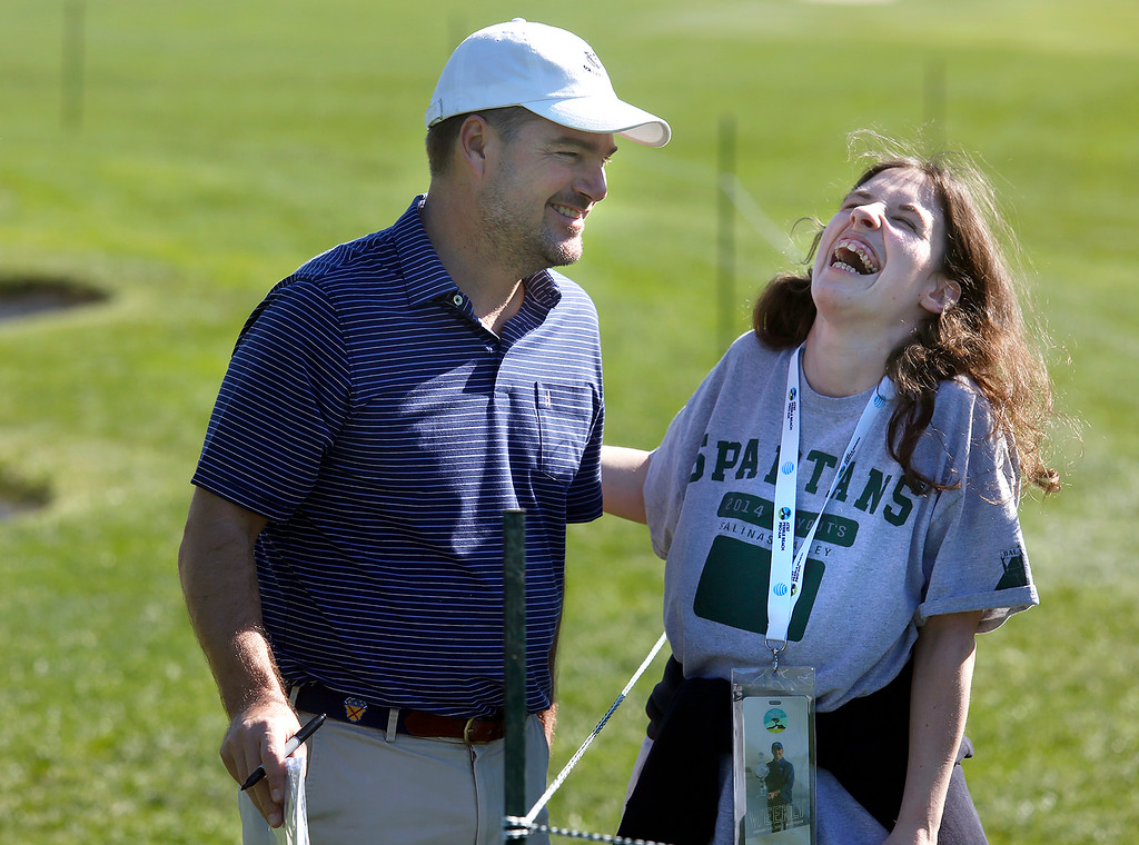 . Actor Christ O\'Donnell gets a laugh out of fan Kristina Pino after having trouble shooting a photo together with her phone during practice rounds before the AT&T Pebble Beach Pro-Am Pebble Beach Golf Links on Monday February 5, 2018. Photo by David Royal)